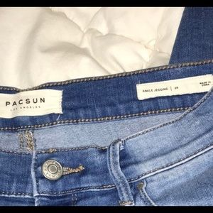 "light blue size 28 pacsun ""ankle"" jeggings"
